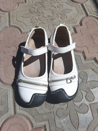 Продам отличную женскую обувь