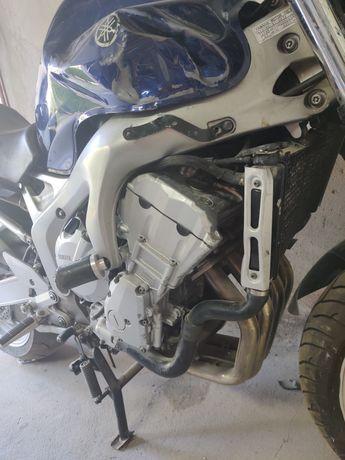 Yamaha fz6 Fazer - silnik części plastiki owiewki
