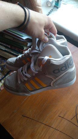 Кроссовки оригинальны Tennis Adidas Extaball