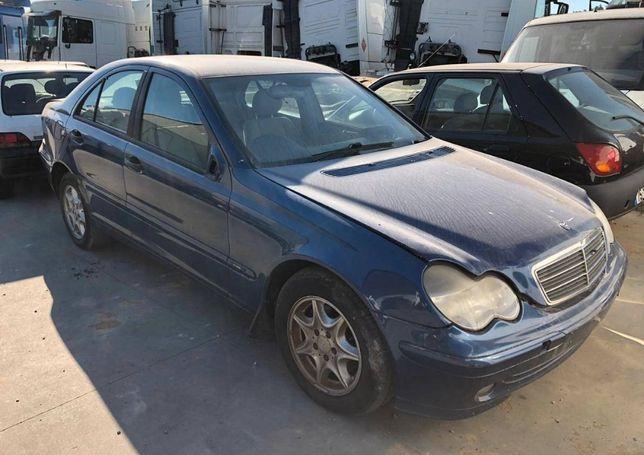 Mercedes C220 CDi de 2002 para peças