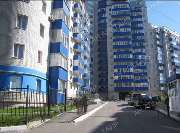 Продам 1к.кв. 41 м² с двумя балконамив новострое, ул. Родниковой 9а К