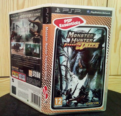 Jogo Monster Hunter Freedom Unite para Playstation Portable PSP