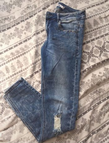 Jeansy spodnie Sinsay M przetarcia dziury