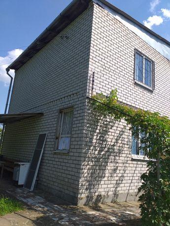 Продам 2х этажный дом (дача).15 минут от города.приватизирована земля.