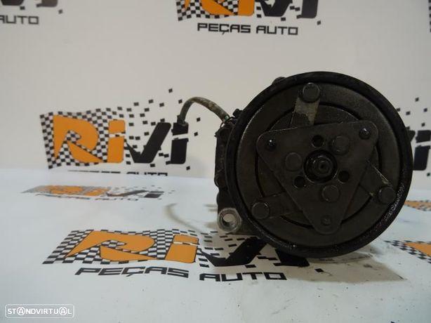 Compressor Do Ar Condicionado Volkswagen Polo (9N_) 1J0820803a / 1J0