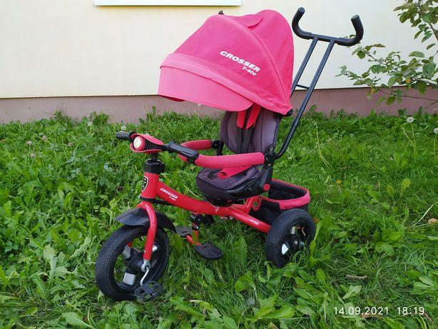 Дитячий триколісний велосипед.