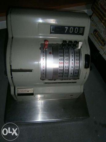 Máquina Registadora Vintage, ideal para coleccionadores ou antiquários