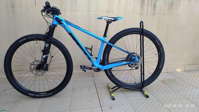 Bicicleta KTM MYROON ELITE 29´ 2017 ( B22 (15´) tamanho S / Carbono