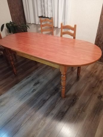 Stół do jadalni owalny