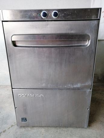 Máquina de lavar chávenas