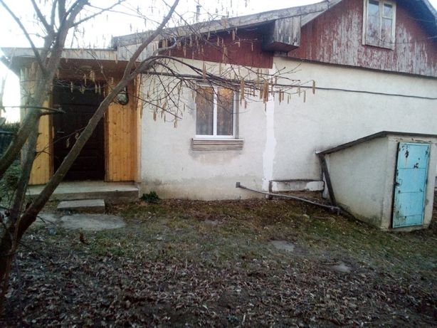 Продається будинок в с. Дубовиця Калуського району.