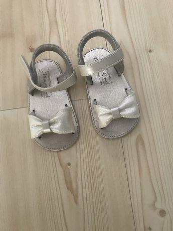 Sandalki mayoral