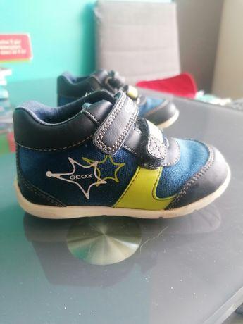 Buty dziecięce geox 22