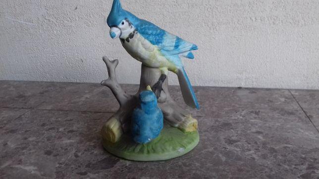 Papugi kolekcjonerska figurka z biskwitu 12cm