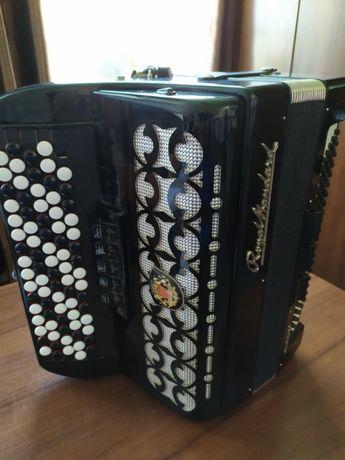 Кнопочний аккордеон Royal Standart