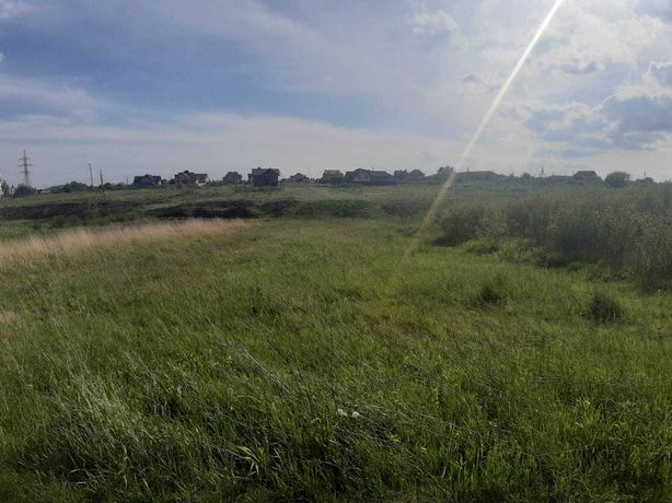 Продам землю в Угринові.