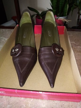 Sapato alto de cerimónia
