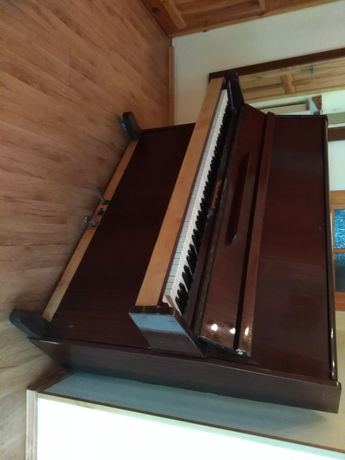 Pianino Czajkowski stan dobry