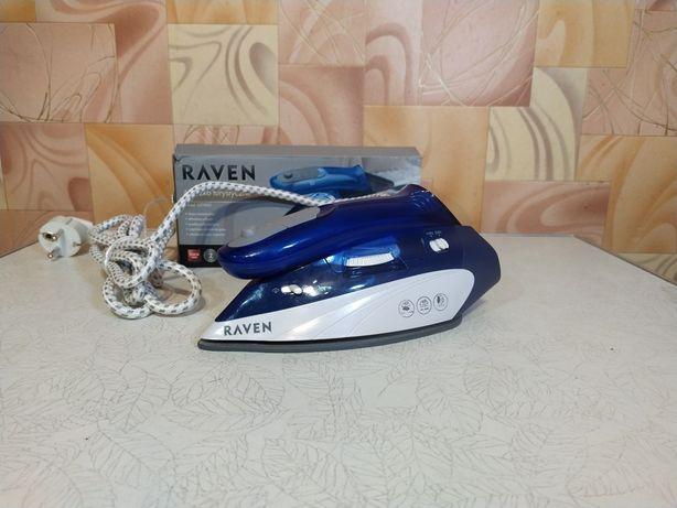 Дорожня праска з паром / утюг дорожный с паром Raven EZT002