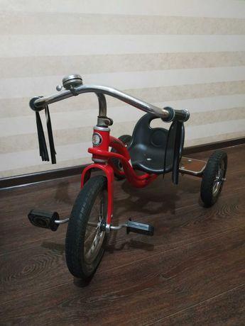 """Продам бу Велосипед трехколесный 12"""" Schwinn Roadster Trike красный"""