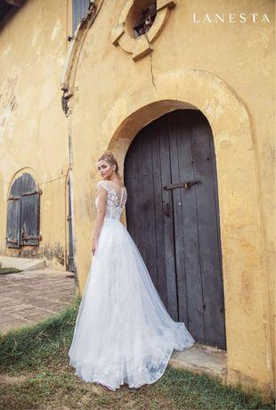 Продам весільну сукню італійського бренду Lanesta, модель Ketta!