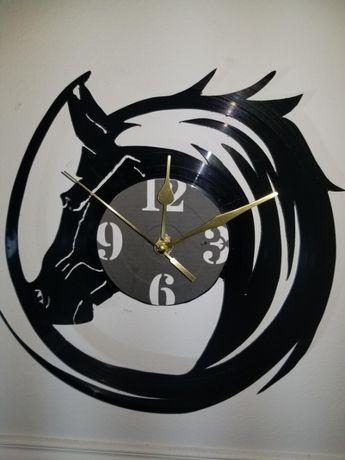Relógio de Parede em Vinil - Cabeça de Cavalo