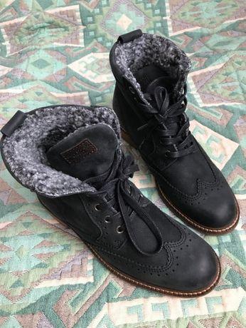 Осеняя обувь в отличном состояние