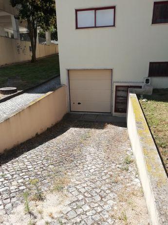 Garagem (Póvoa Santa Iria)
