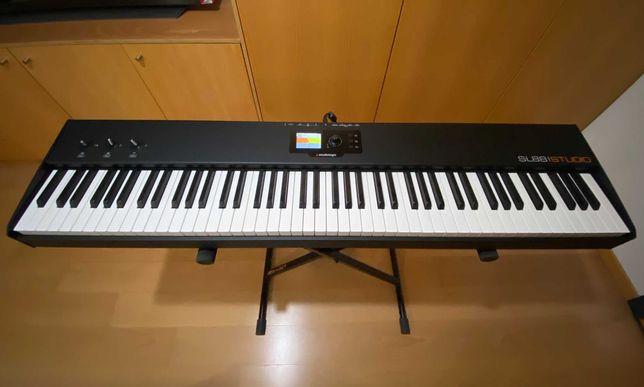 Teclado Controlador MIDI Studiologic SL88 Studio