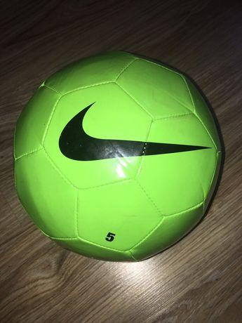 Piłka nożna Nike nowa