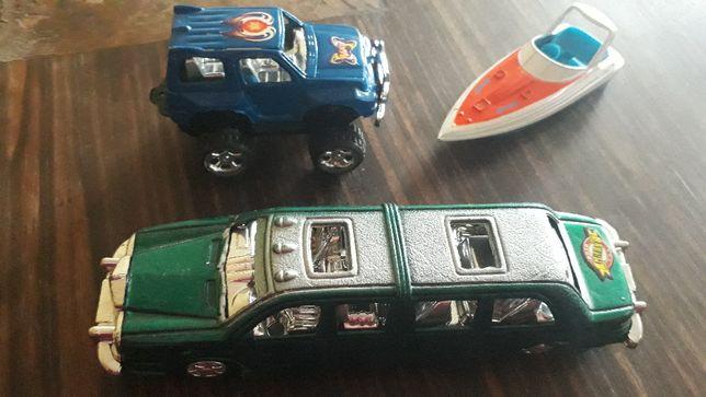 limuzyna , resorak i łódka metalowa - zestaw