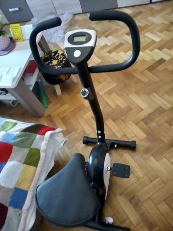 rowerek stacjonarny treningowy-prawie nowy