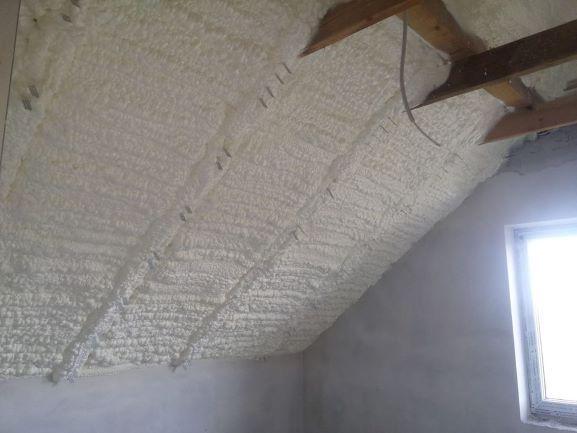 Ocieplenie poddasza, izolacja pianką, docieplenie piana, natrysk PUR Łańcut - image 1