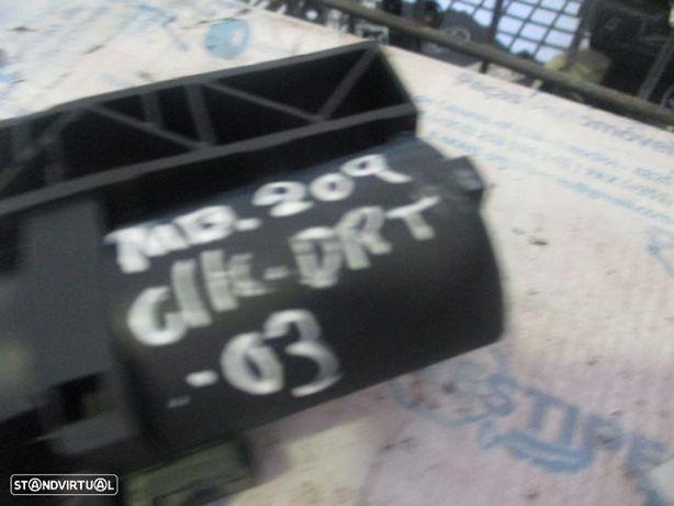 Modulo 2099700126 MERCEDES / W209 CLK / 2003 / REGULADOR banco drt /