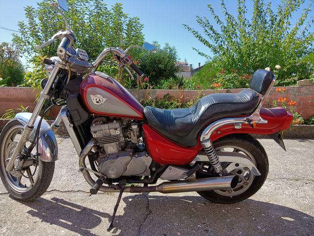 Kawasaki en 500 bem estimada