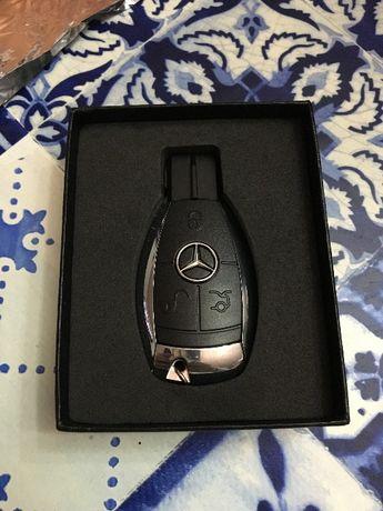 Pen drive Chave Mercedes de 4GB