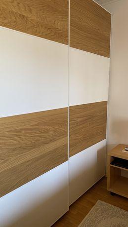 Roupeiro PAX IKEA com 2 portas deslizantes com 2,00 mt de largura