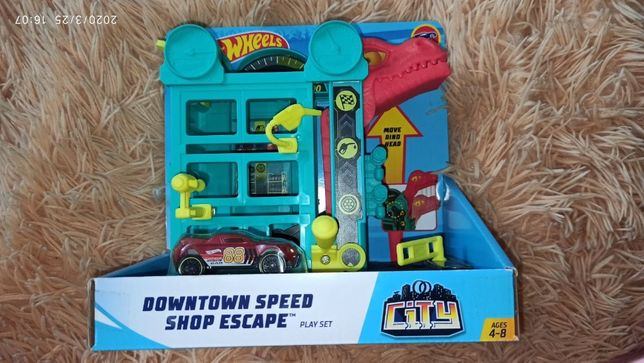 Заправка магазин хот вилс Hot Wheels Downtown Speed Shop Escape Playse