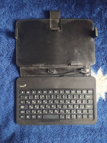 Продам клавиатуру-чехол до планшета Genius