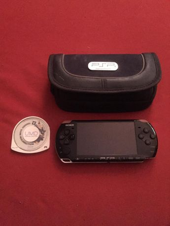 PSP z Futerałem + 1 gra