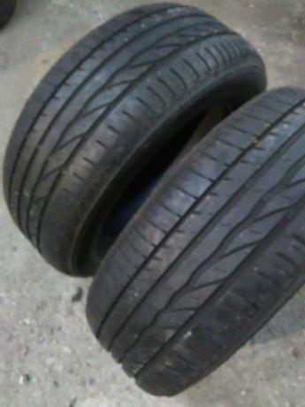 Dwie opony Bridgestone 205/60/15 bieżnik ok 5 mm