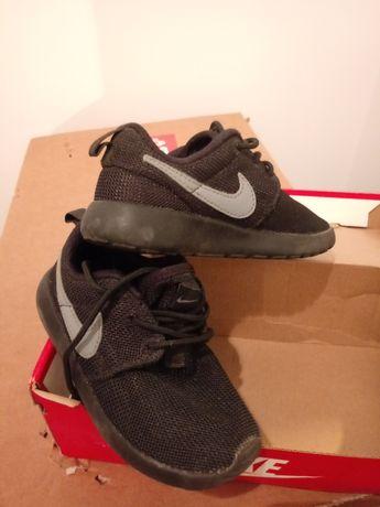 Nike rosherun 26