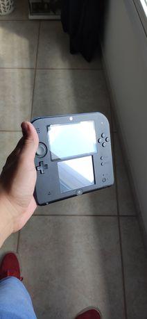 Nintendo 2DS + jogo + carregador + cartão de memória