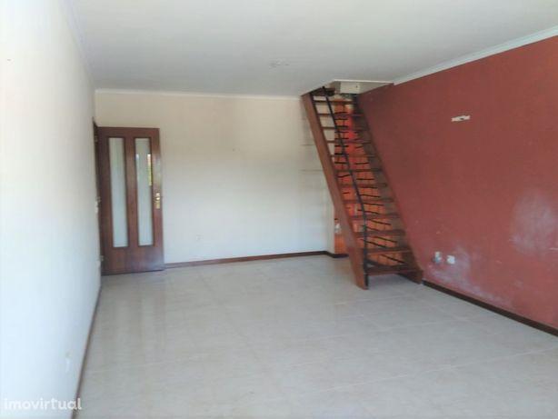 Apartamento T2 C/ Garagem Leça do Balio - Imóvel de Banco!