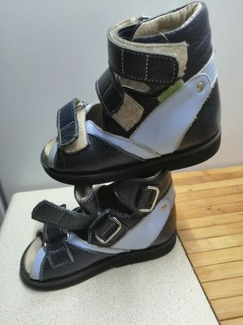 Ортопедические кожаные сандали Valgus