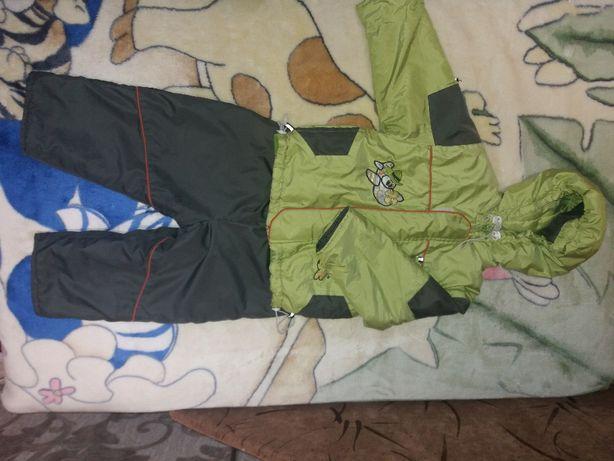Костюм, комбинезон куртка+штаны полукомбинезон на осень 90-100 см