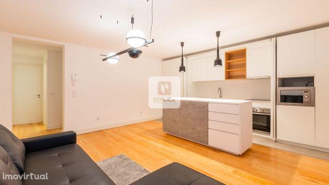 Apartamento T2, Rua Santa Catarina, Porto