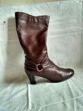 Супер сапоги весенние кожаные 36-37 размера