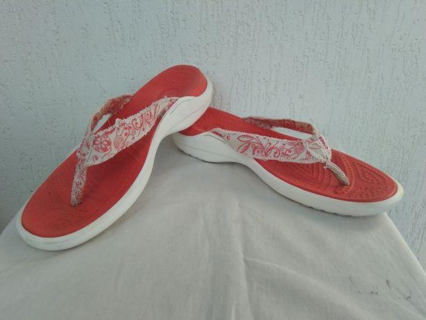 Шлепки вьетнамки Crocs р.38-38.5