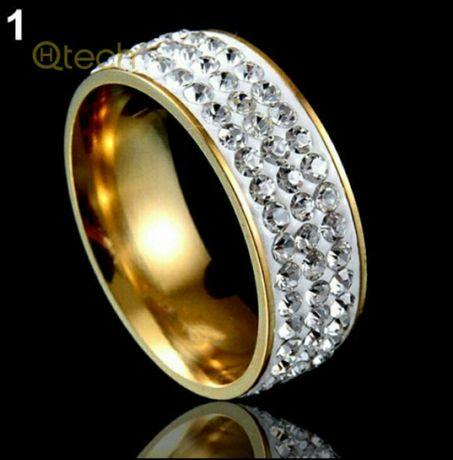 шикарное кольцо 6  и 7 размер